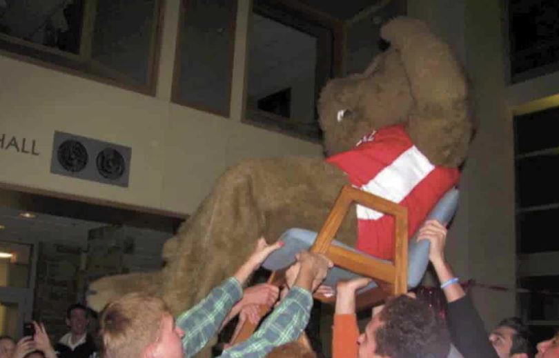 Cornell Big Red Bear at event